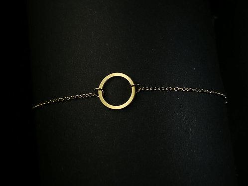 Big open circle bracelet
