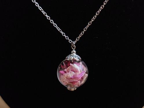 Unique flower necklace No. 26