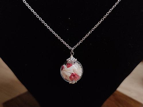Unique flower necklace number 32