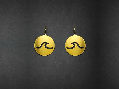 Drop earrings cut out wave