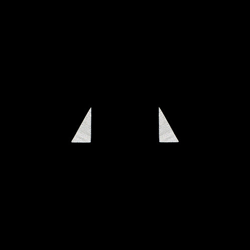 Ohrstecker unregelmäßige Dreiecke, voll