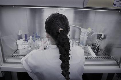 91-58-dona-laboratori2.jpg