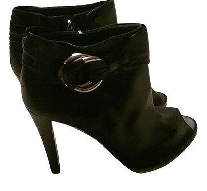 Authentic gucci women black boot size 39