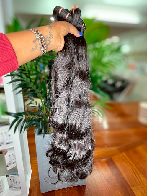 Cabelo ondulado malaio com costura