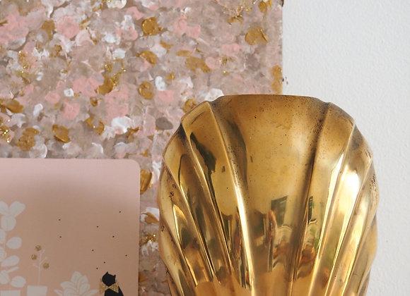 Vase en laiton style art déco
