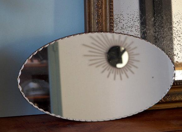 Miroir ovale à poser