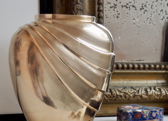 Vase laiton