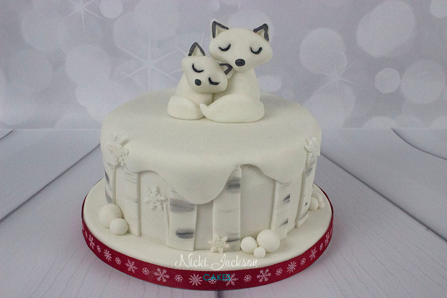 Snow Fox Christmas Cake