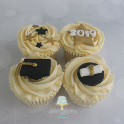 Graduation Cupcakes (4)