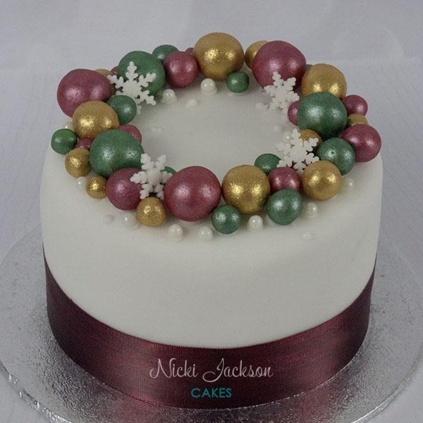 Christmas Bauble Wreath Cake