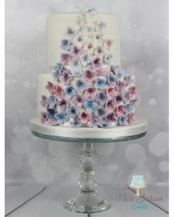 Hydrangea cascade cake