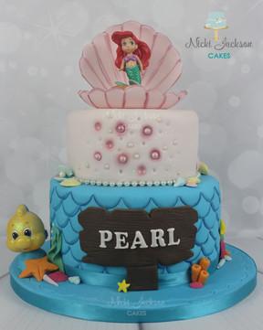 Pearl's Mermaid Cake.