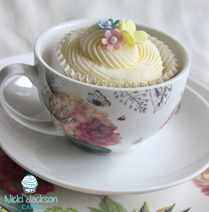 Zesty Lemon Cupcake