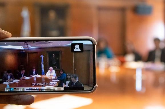 Ginés González García se reunió con sus pares provinciales vía teleconferencia