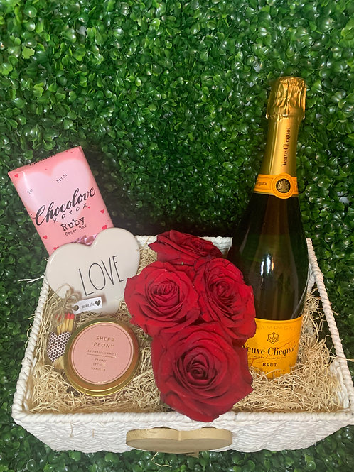 Valentine's Day Collection   Roses & Veuve