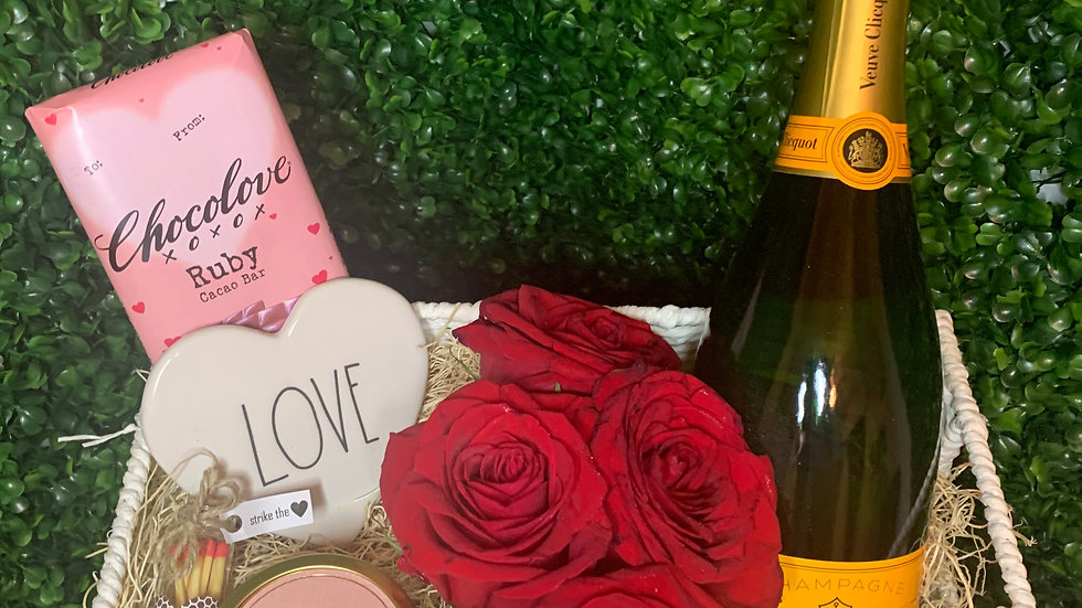 Valentine's Day Collection | Roses & Veuve
