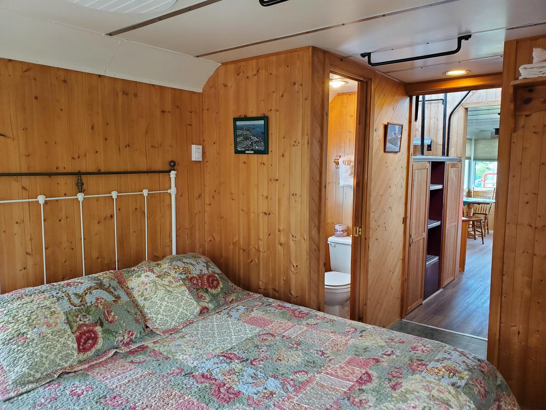 caboose 6 bedroom