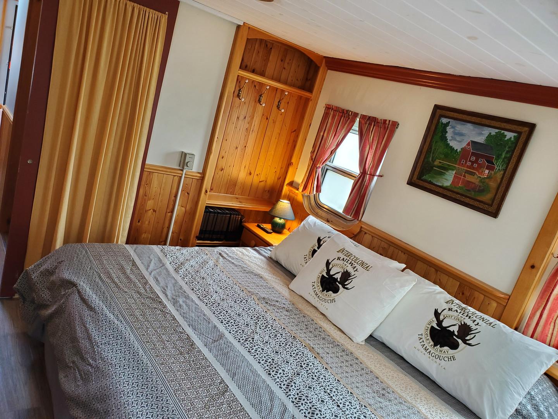 Caboose #10 bedroom