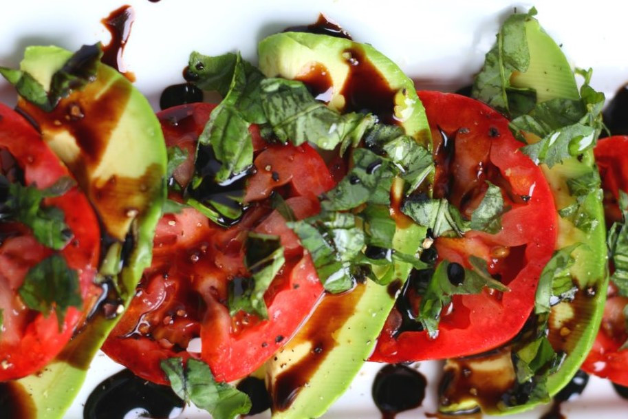 Avocado-Caprese-Salad-5-720x1080.jpg