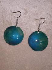 boucles d'oreilles en bois turquoise.JPG