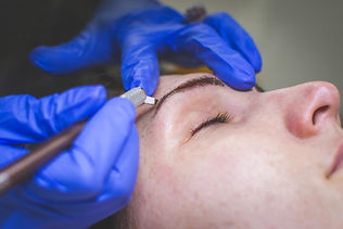 microblading-cosmetic-tattooing-procedur