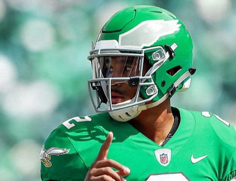 Return of Kelly Green Jerseys Becomes Imminent