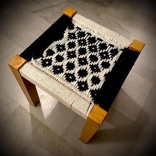 Black Flower Handwoven Mudda (Sheesham wood)