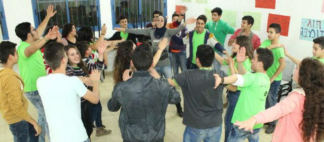 youth leadership & volunteering