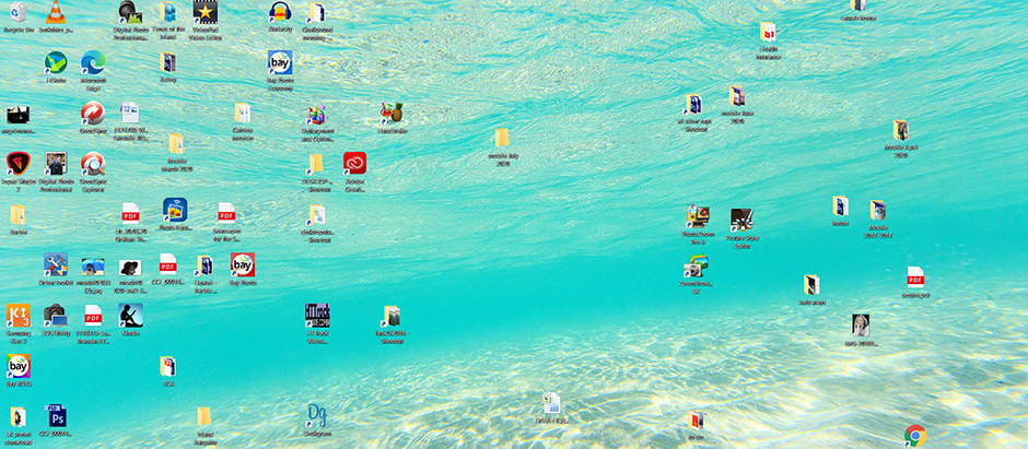 My Desktop is Underwater ~ Free Screensavers
