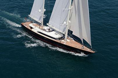 Rent Luxury Yacht