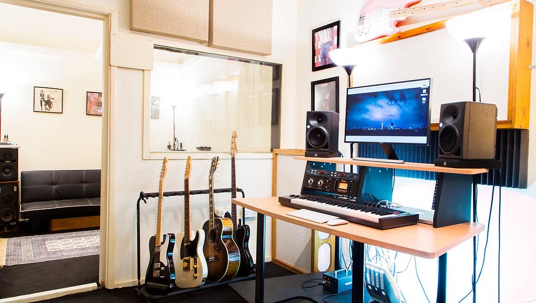 Jack Gourlay studio
