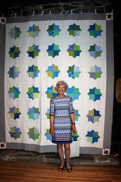 Sue Nish wins the quilt!
