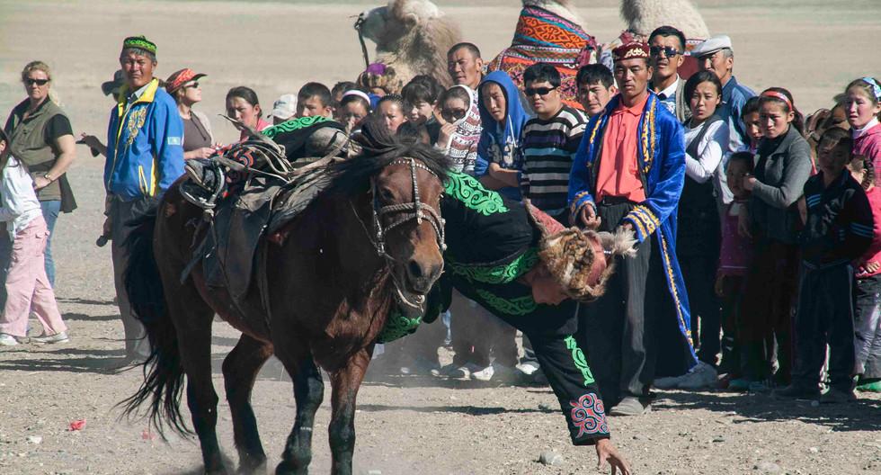 Click here - Mongolia - Altai