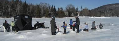 Family Icefishing