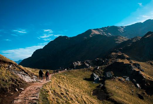 Ascending towards kelwa vinayak.jpg