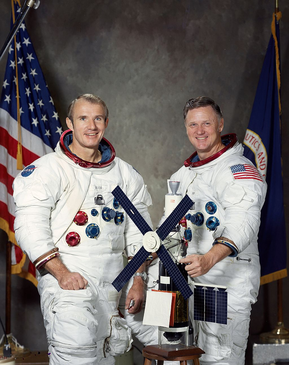 Skylab Rescue crew Vance Brand and Don Lind
