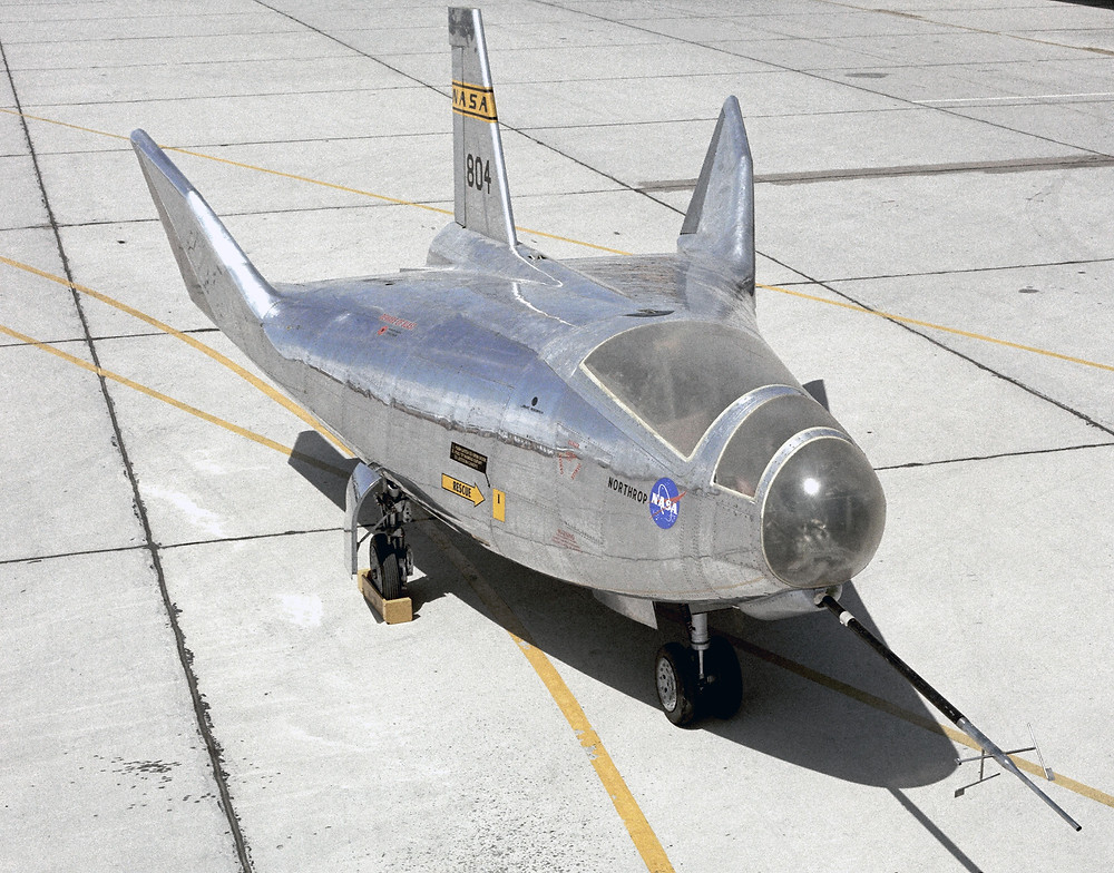 NASA HL-10 lifting body