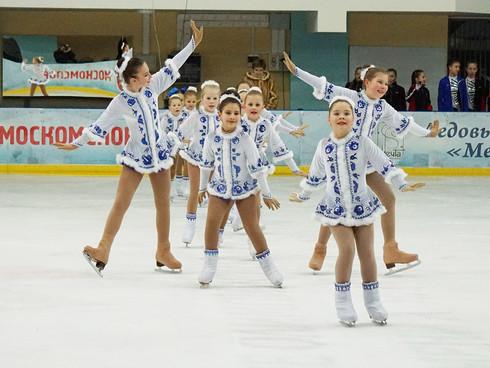 20 марта - Открытые соревнования среди танцевальных коллективов на льду
