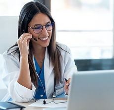 female-doctor-talking-with-colleagues-th