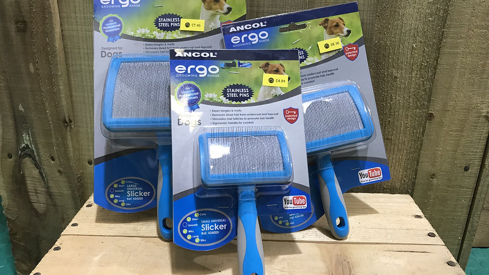 Ancol Ergo Slicker Brush