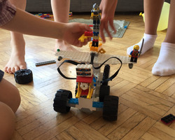 Robot de Maïa & son équipe, 7 ans