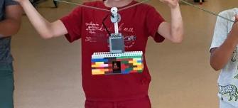 Téléphérique motorisé en Lego