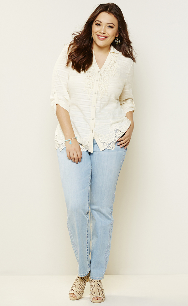 44424f014b9 Reba McEntire Adds Plus Size to Dillard s Clothing Line