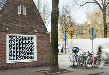 Sonsbeek window advertising