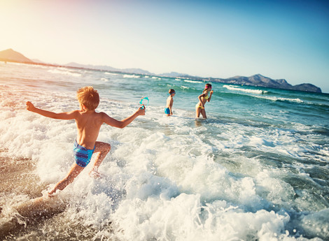 Sun or Snow? How to Uncover your Perfect Family Holiday