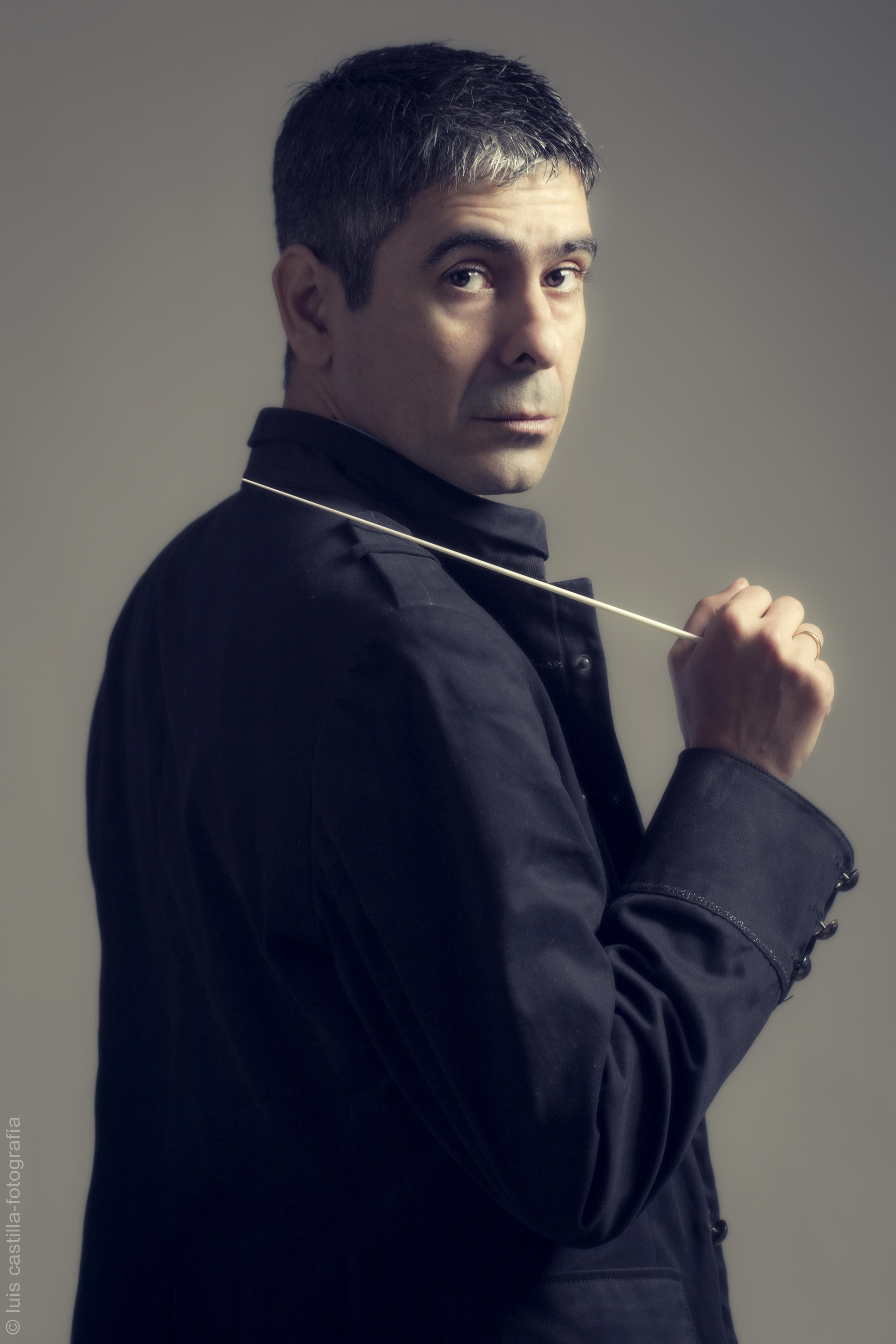 Alejandro Garrido director