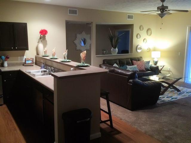 172118_MSU_Livingroom.jpg