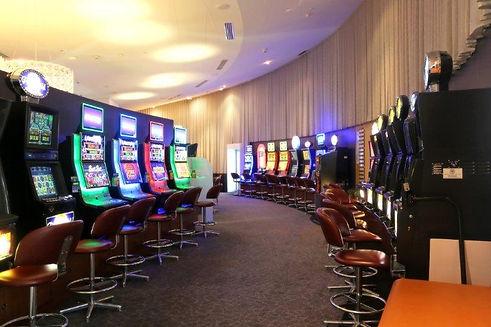 Oaks Gaming Room 2018 (14) .2.jpg
