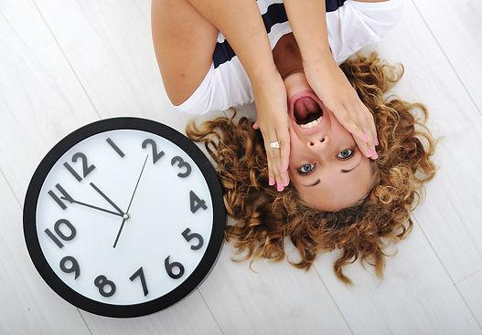 girl-and-clock-panic.jpg