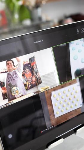 online-baking-macaron.jpg